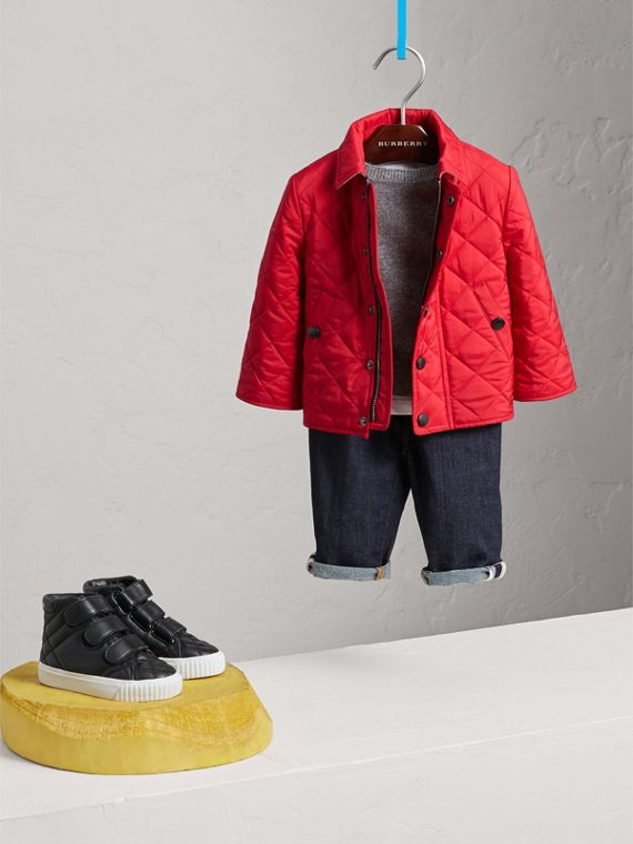 Lightweight Quilted Jacket in Bright Cherry Red