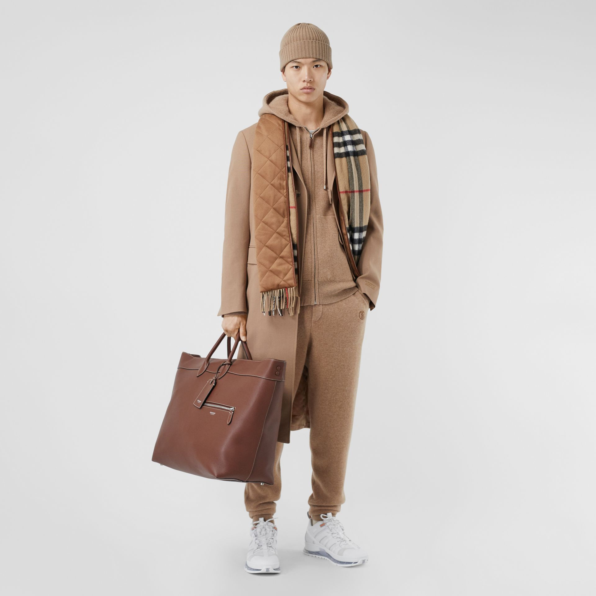 Grainy Leather Holdall in Tan - Men | Burberry Canada - gallery image 5