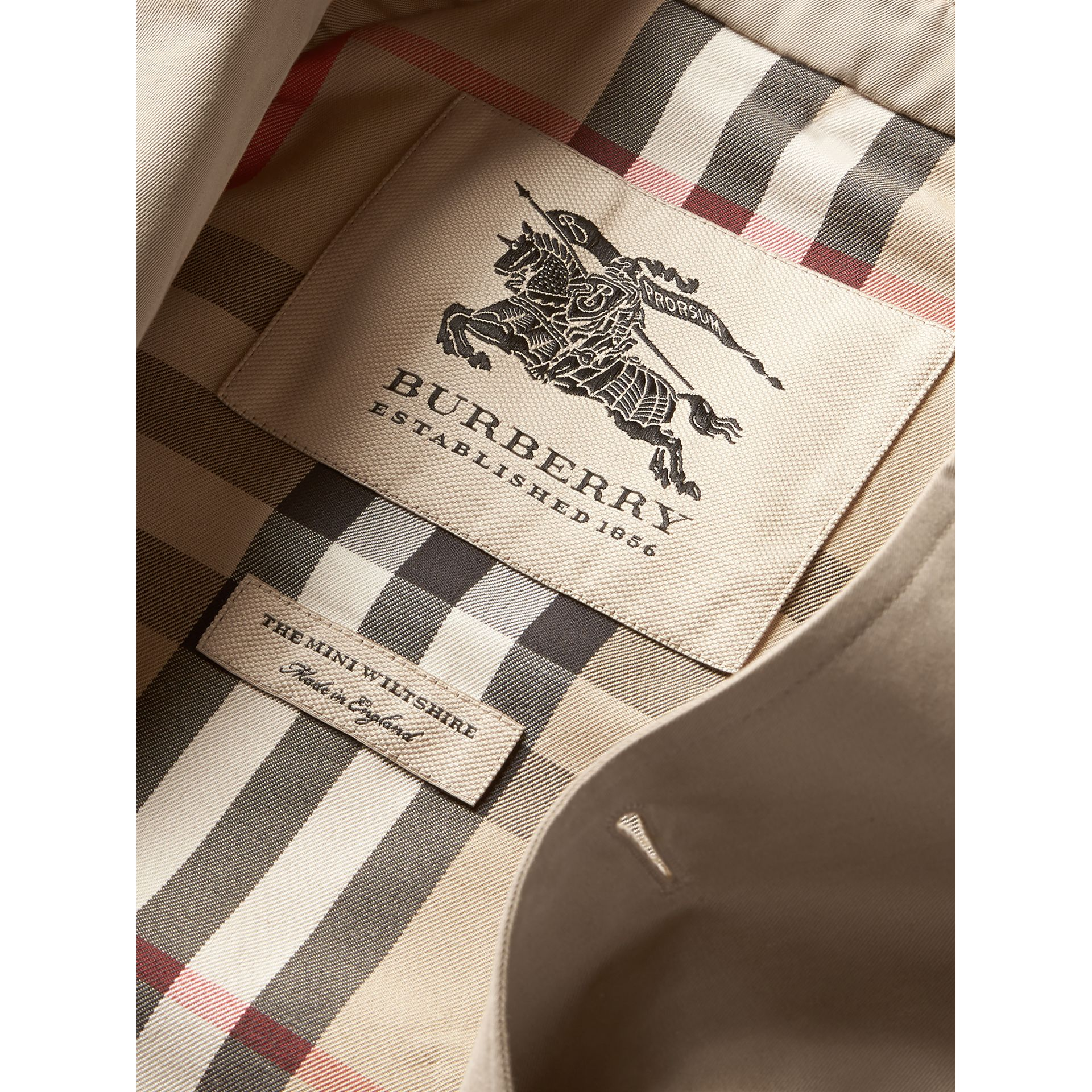 The Wiltshire – Trench Heritage (Stone) - Garçon | Burberry - photo de la galerie 6