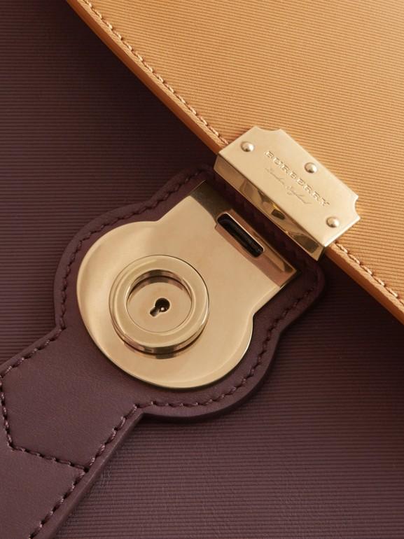 La borsa con manico DK88 media (Cioccolato Scuro/giallo Ocra) - Donna | Burberry - cell image 1