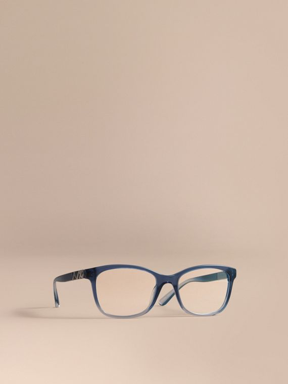 Gafas de ver de montura cuadrada con detalle a cuadros