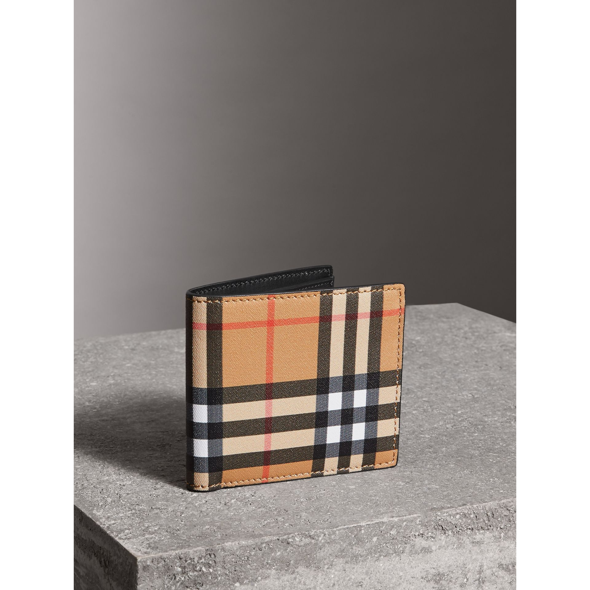 Vintage Check And Leather International Bifold Coin Wallet in Black - Men | Burberry - gallery image 4