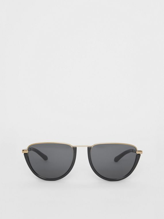 Half Moon Pilot Round Frame Sunglasses in Black