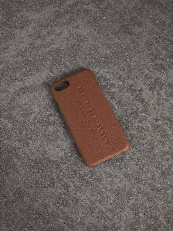 London Leather iPhone 7 Case in Chestnut Brown - Women | Burberry