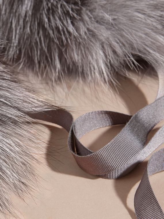 Fox Fur Collar with Check Cashmere Lining in Mid Grey - cell image 3