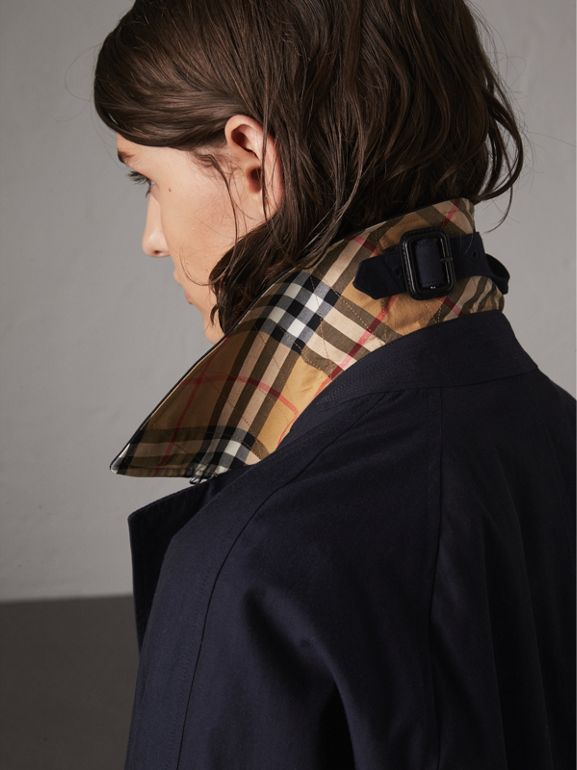 The Camden - Car Coat (Azul Carbono) - Mulheres | Burberry - cell image 1