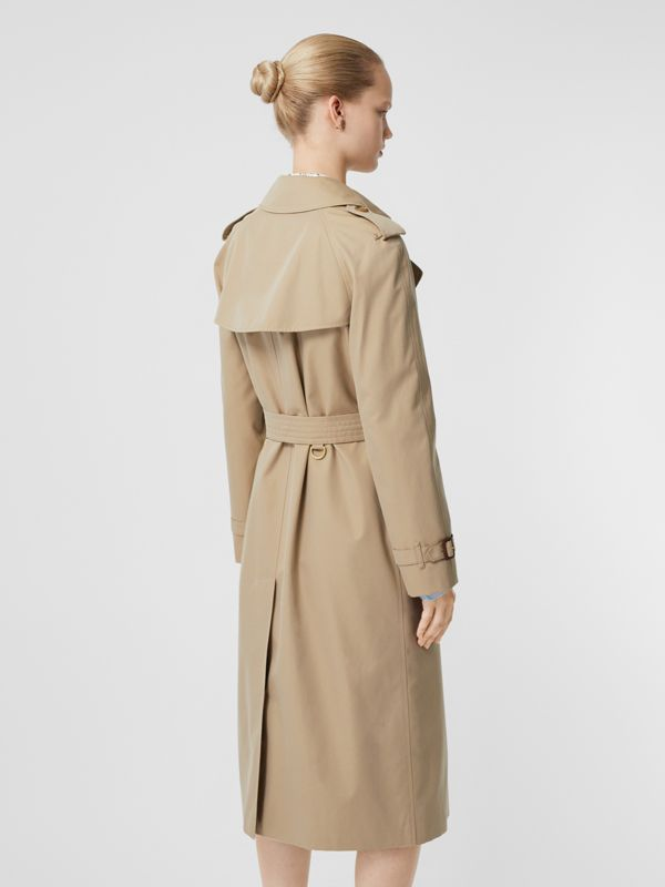 The Waterloo Heritage Trench Coat in Honey - Women | Burberry - cell image 2