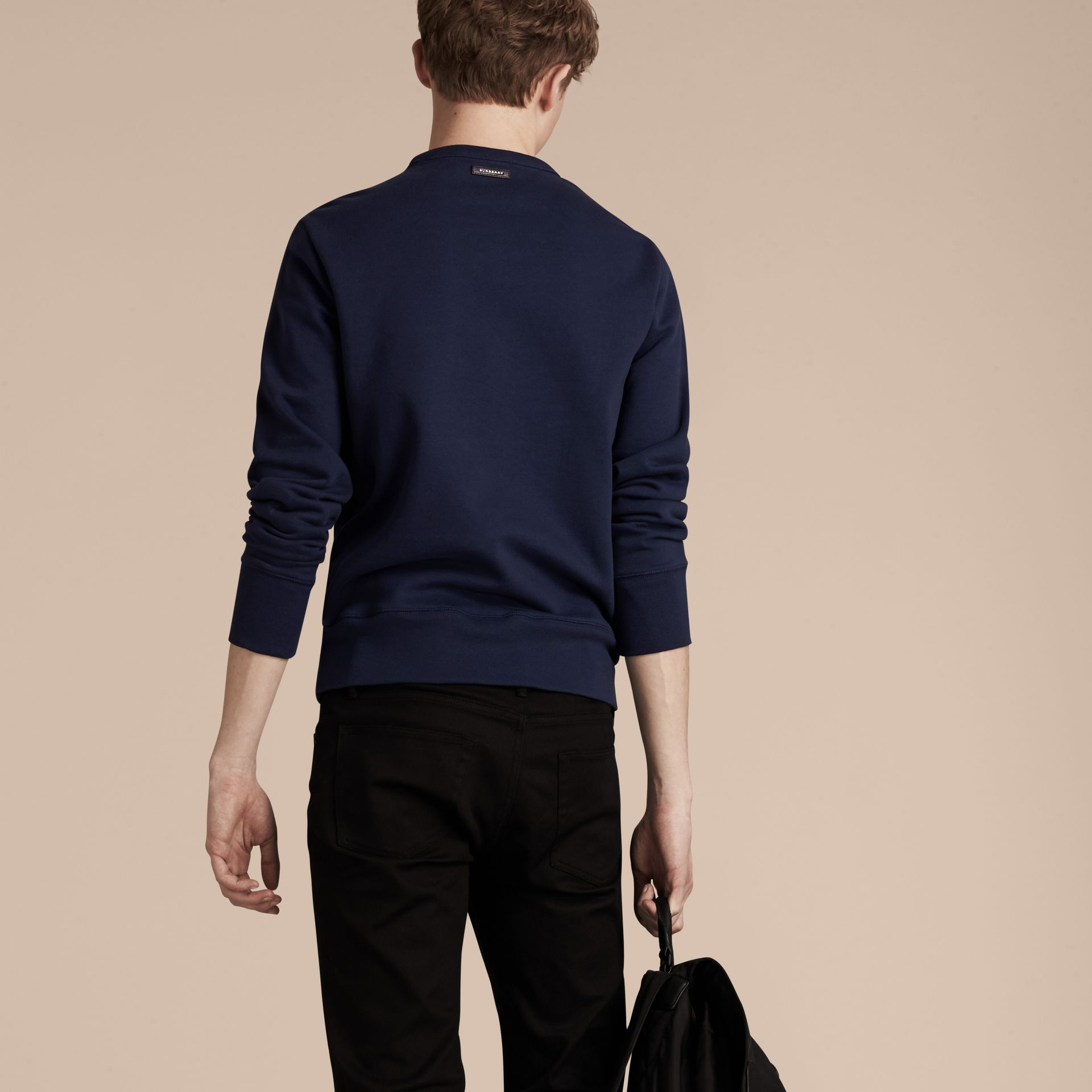 Indigo Sweat-shirt en coton color-block et cuir d'agneau - photo de la galerie 3