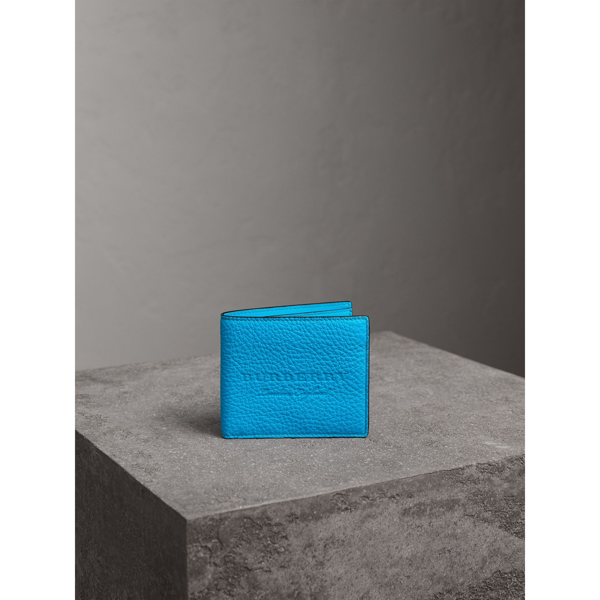 Embossed Leather International Bifold Wallet in Neon Blue - Men | Burberry United Kingdom - gallery image 4