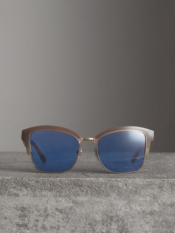 Doodle Square Frame Sunglasses in Trench - Women | Burberry - cell image 2