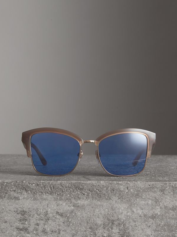Doodle Square Frame Sunglasses in Trench - Women | Burberry Singapore - cell image 2