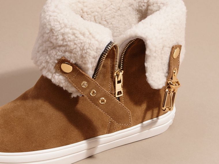 Oak brown Shearling-lined Suede Ankle Boots - cell image 1