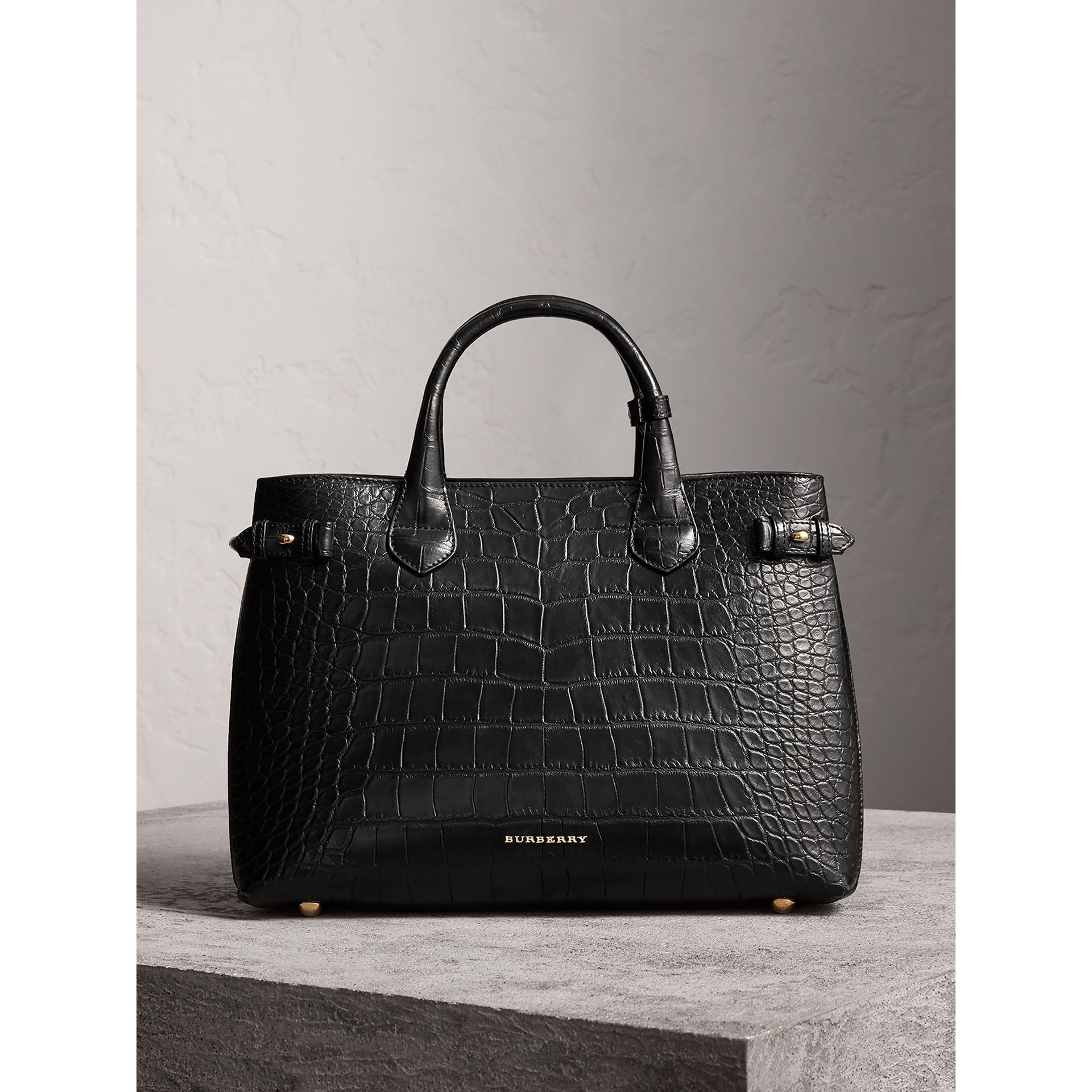 Sac The Banner medium en alligator (Noir) - Femme | Burberry - photo de la galerie 6