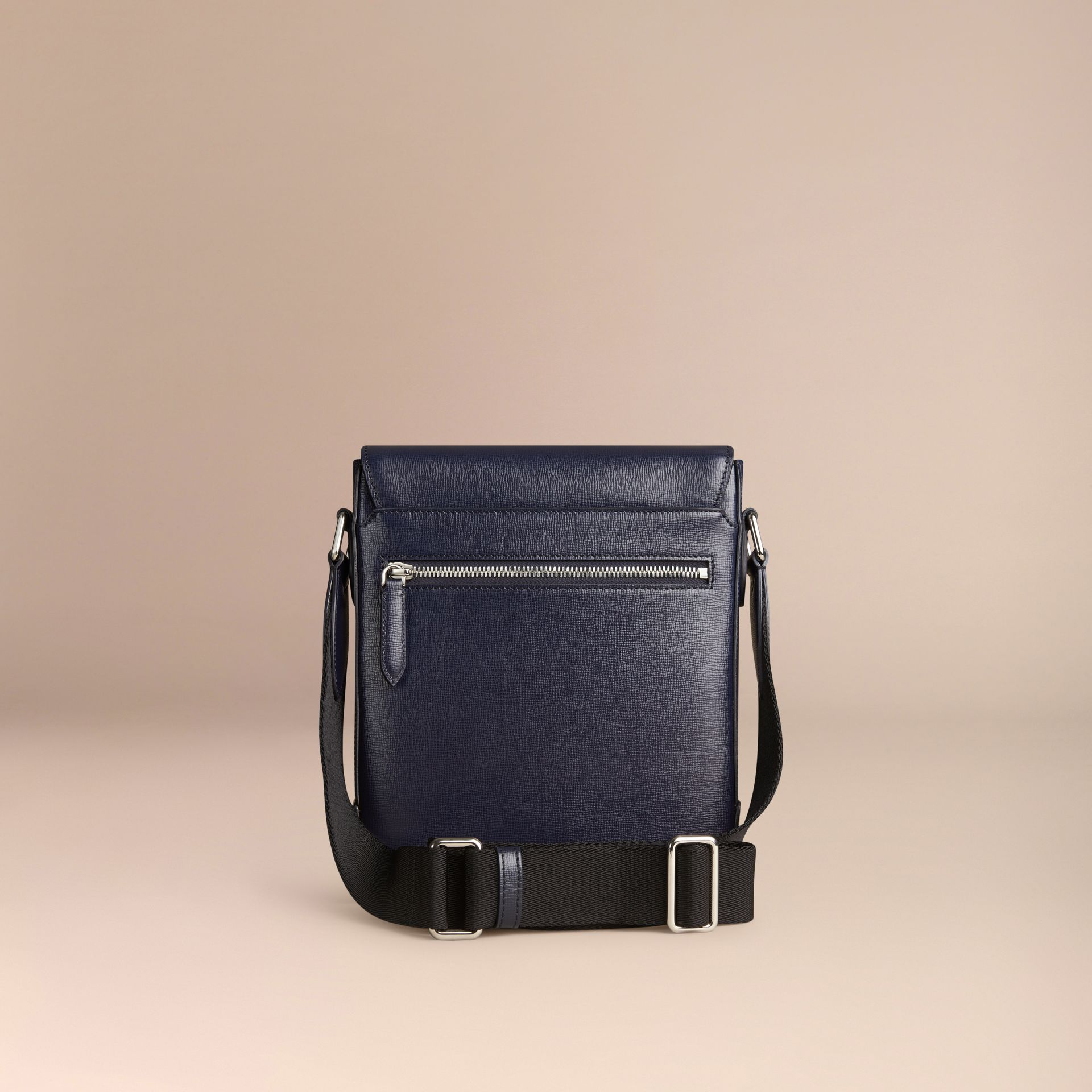 Navy scuro Borsa a tracolla in pelle London Navy Scuro - immagine della galleria 4