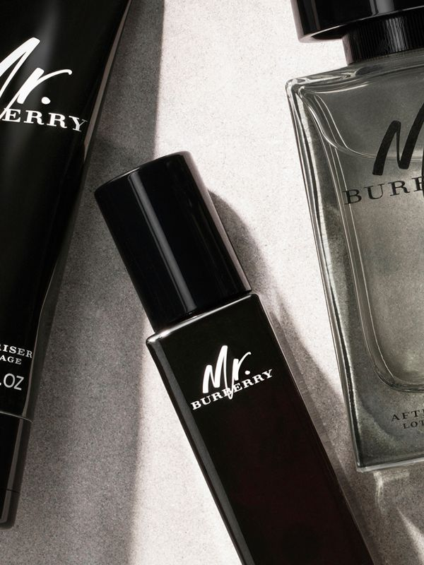 Mr. Burberry Face Moisturiser 75ml | Burberry Singapore - cell image 2