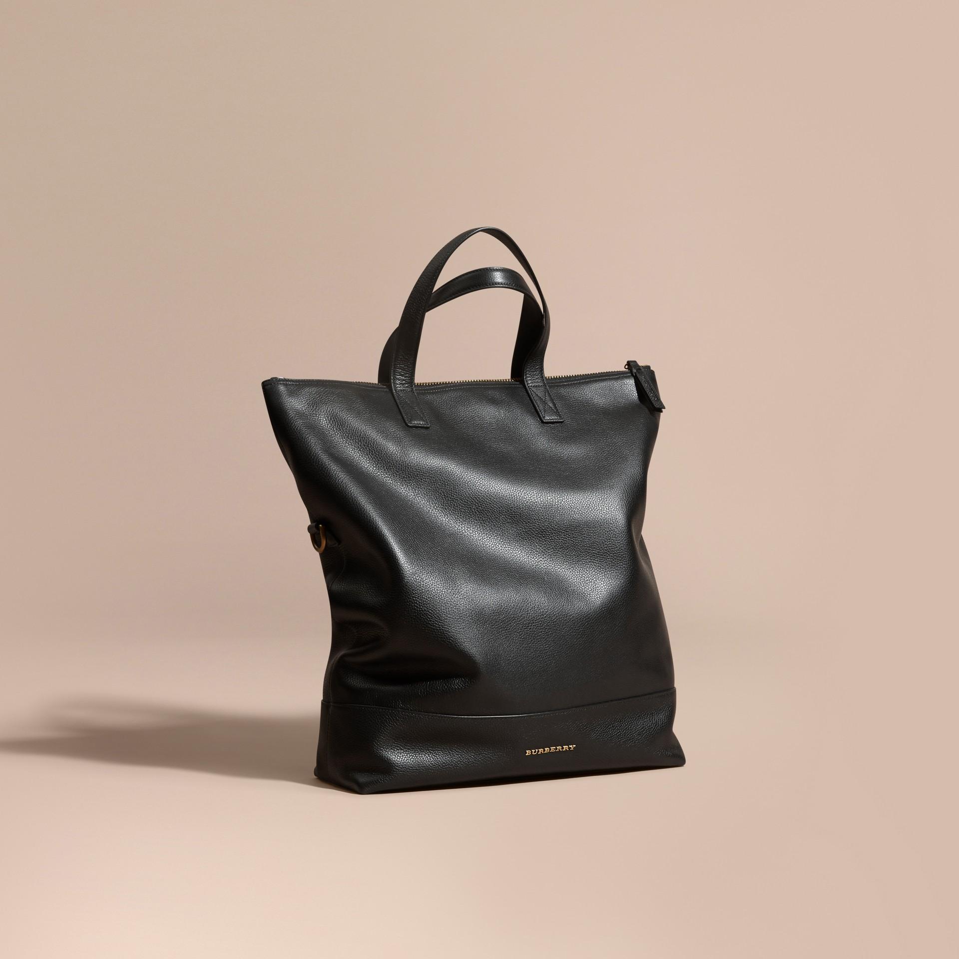 Noir Sac Messenger pliable en cuir grené - photo de la galerie 8