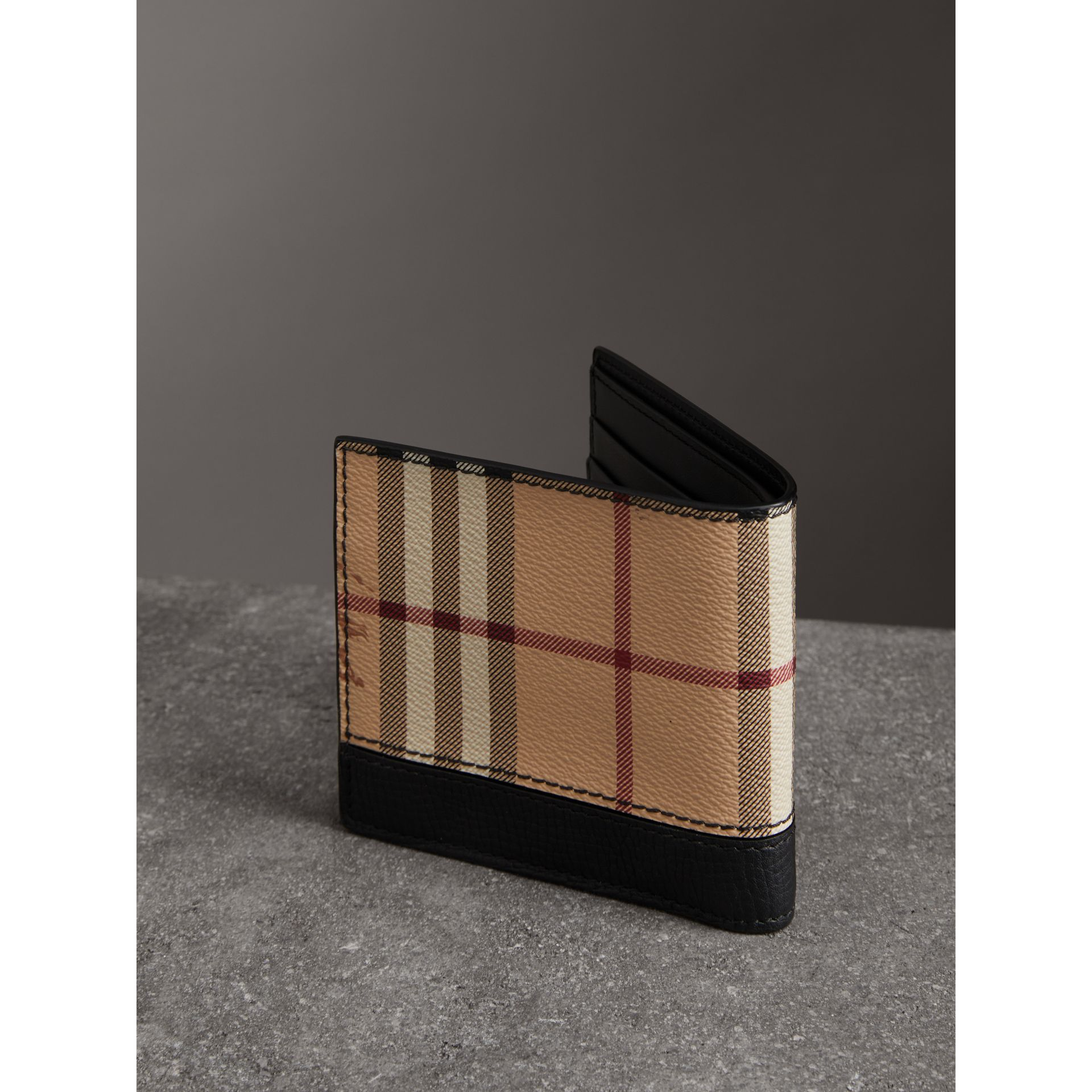Haymarket Check International Bifold Coin Wallet in Black - Men | Burberry - gallery image 2