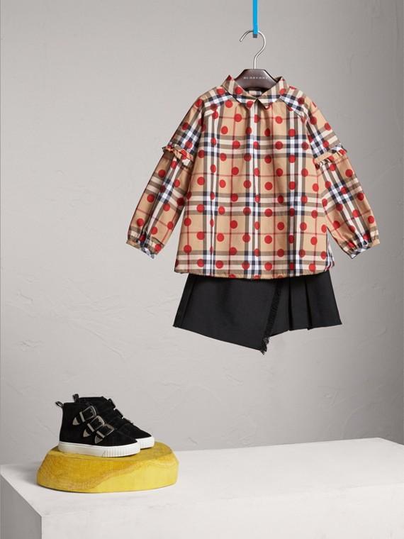 Camisa en algodón a cuadros y lunares con detalles avolantados (Rojo Desfile)