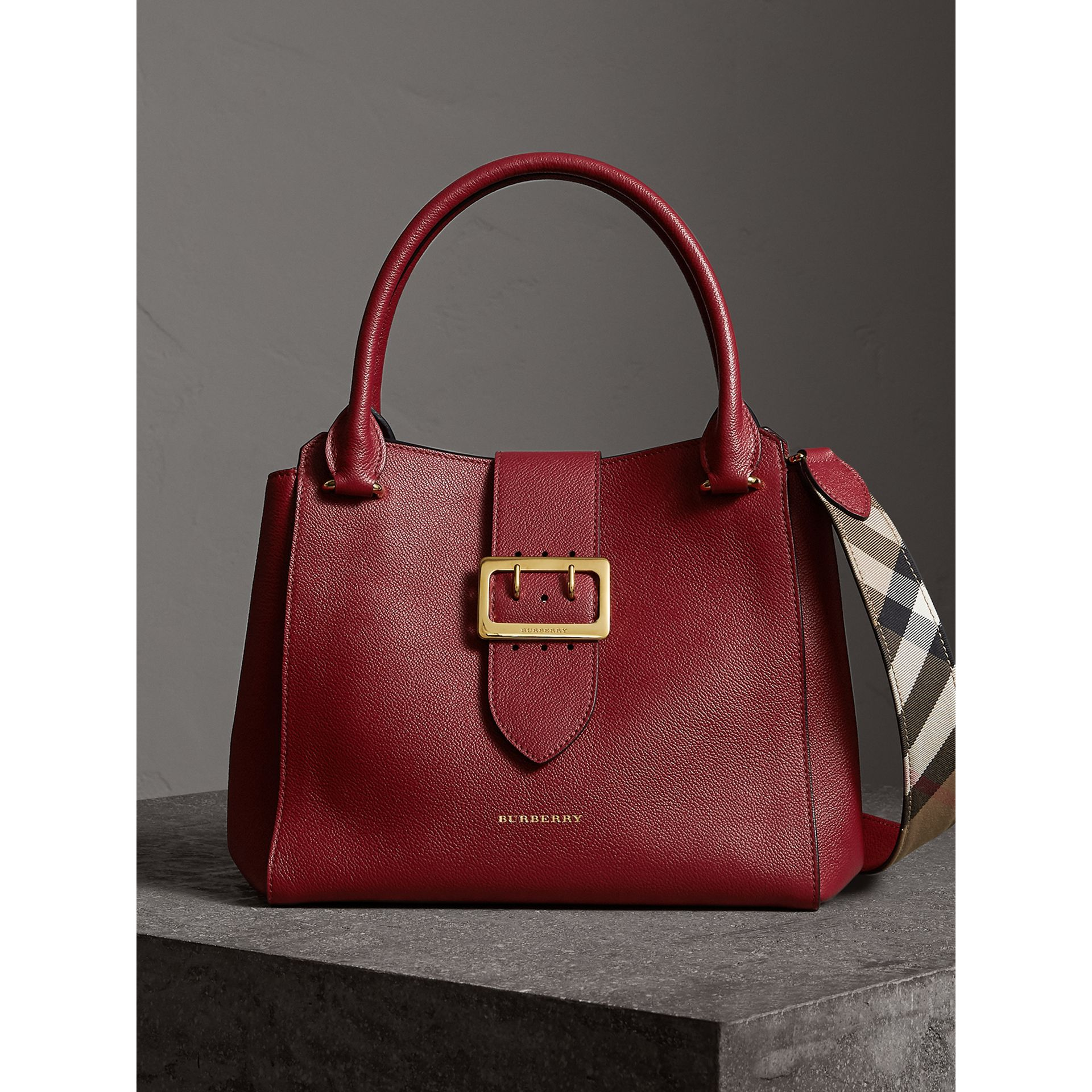 The Medium Buckle Tote in Grainy Leather in Parade Red - Women | Burberry United Kingdom - gallery image 0