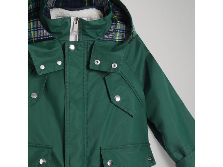 Cotton Blend Hooded Parka with Detachable Warmer in Forest Green - Boy | Burberry - cell image 4