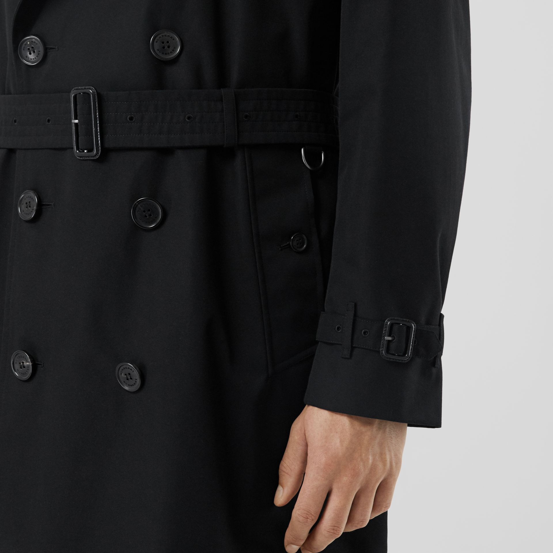 The Kensington Heritage Trench Coat in Black | Burberry - gallery image 4