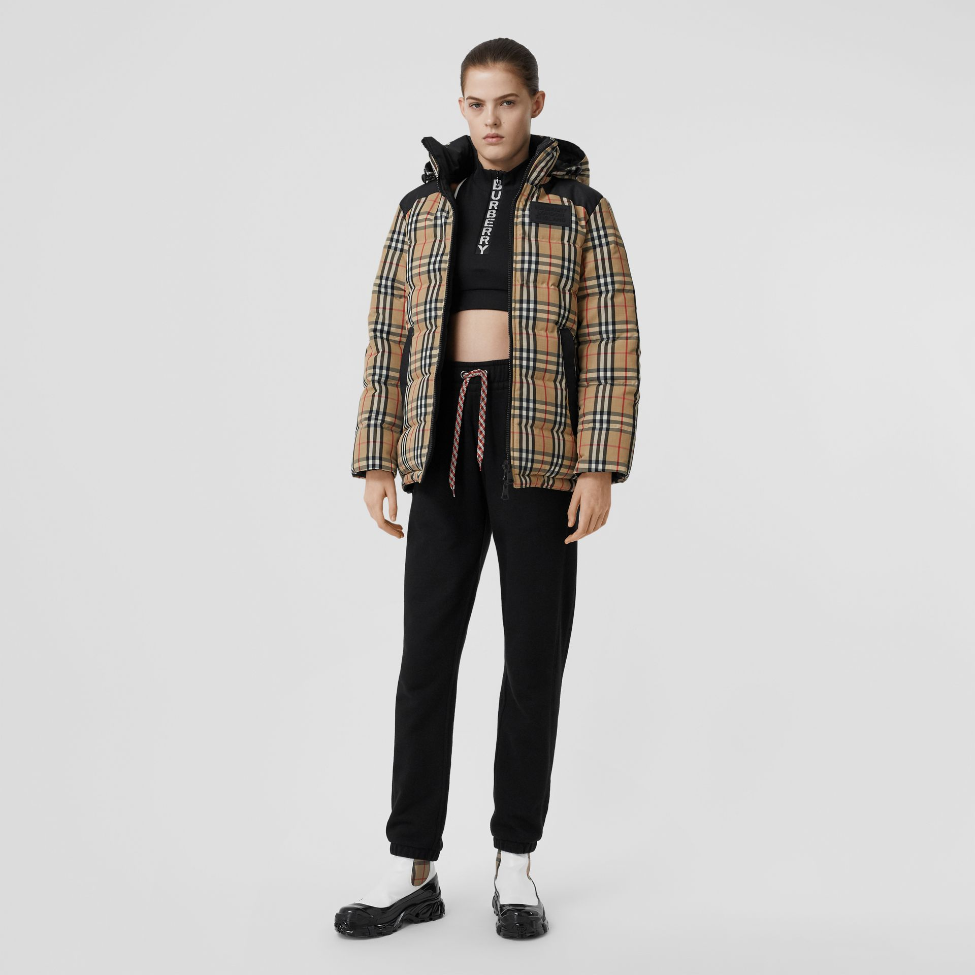 Reversible Vintage Check Recycled Polyester Jacket in Archive Beige - Women | Burberry - gallery image 0