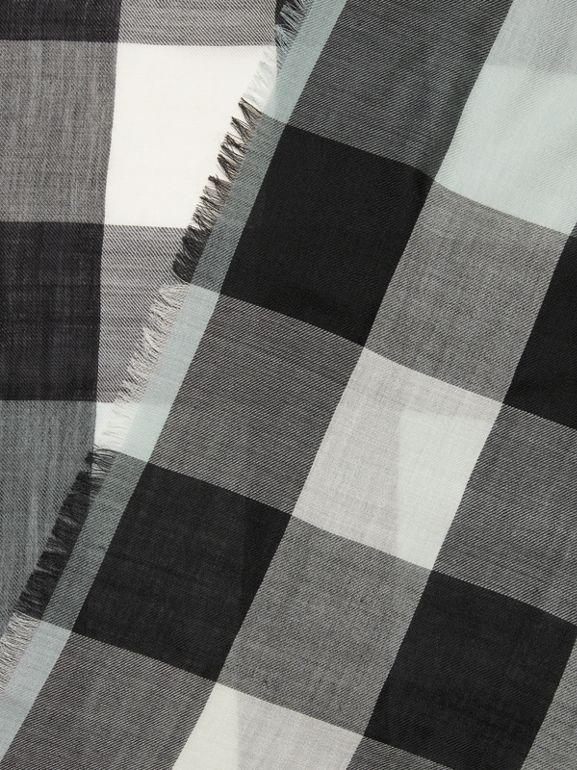 Lightweight Check Cashmere Scarf in Dusty Mint | Burberry United Kingdom - cell image 1