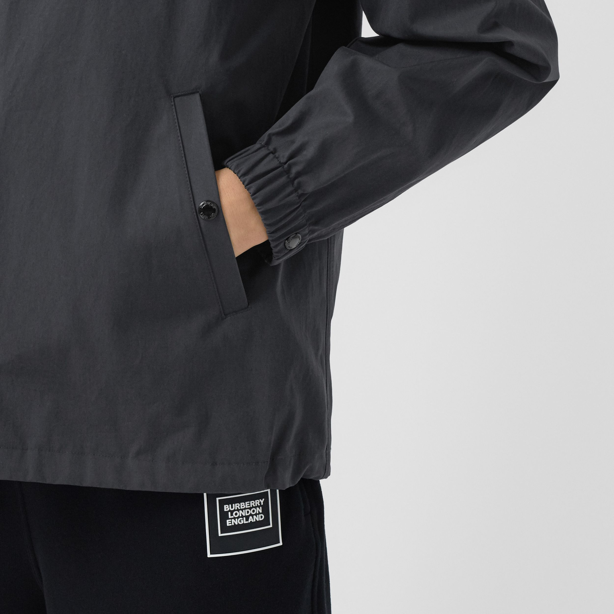 Detachable Hood Logo Appliqué Lightweight Jacket in Navy - Men | Burberry - 2