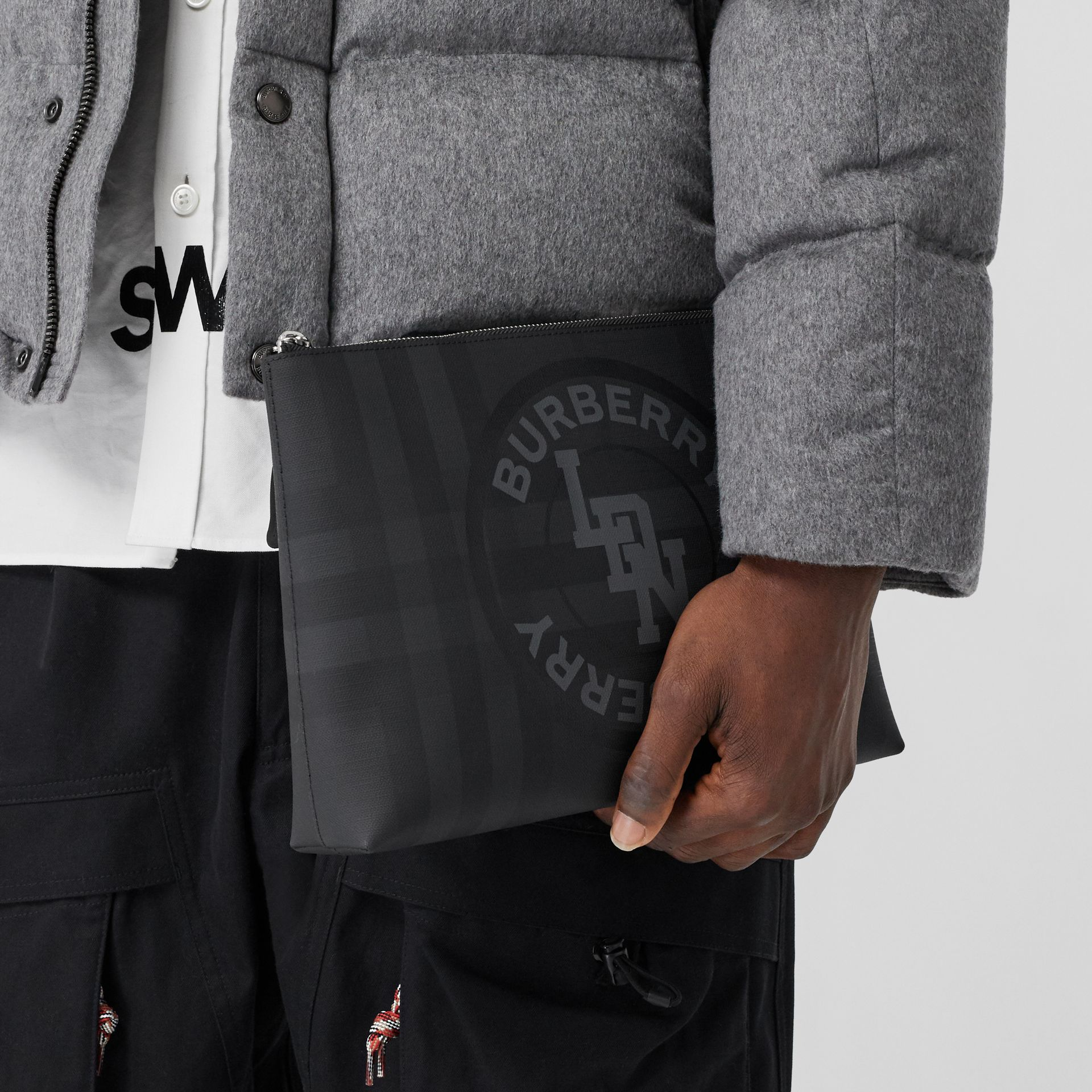 Logo Graphic London Check Zip Pouch in Dark Charcoal - Men | Burberry Hong Kong S.A.R - gallery image 2
