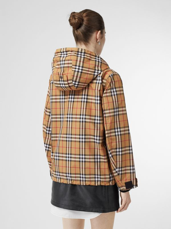 Vintage Check Lightweight Hooded Jacket in Antique Yellow - Women | Burberry - cell image 2