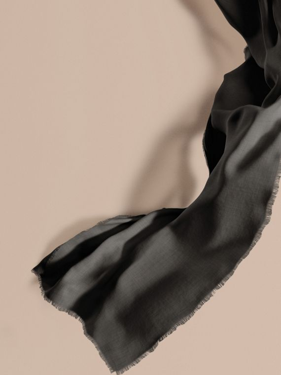 The Lightweight Cashmere Scarf in Charcoal | Burberry