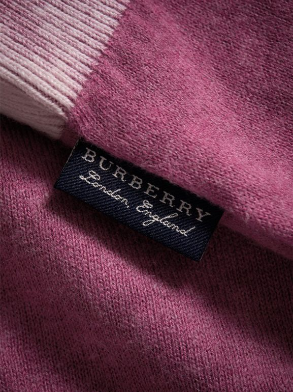 Cashmere Cotton Three-piece Baby Gift Set in Plum Pink | Burberry - cell image 1