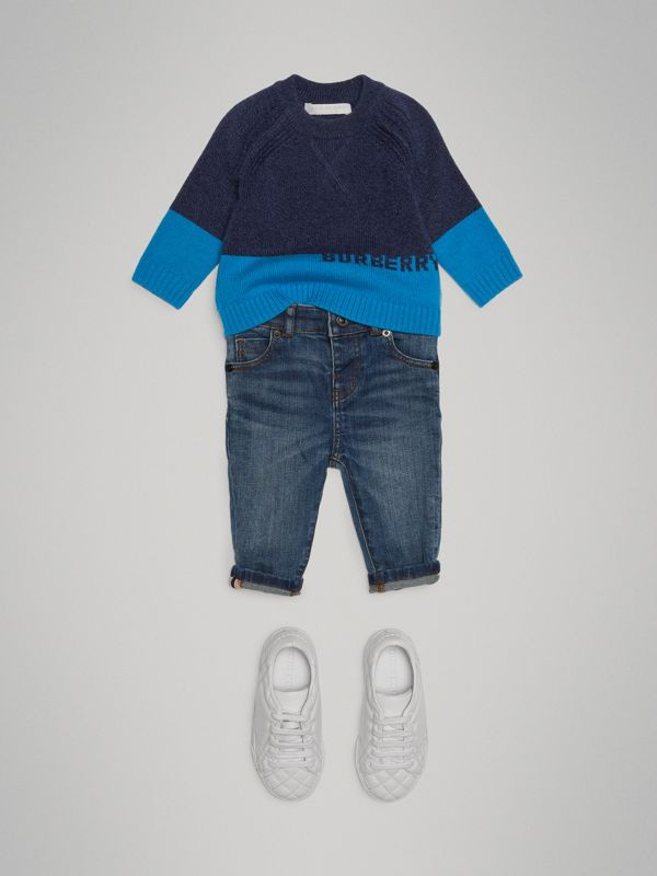 Logo Intarsia Cashmere Sweater in Navy - Children | Burberry Canada - cell image 2
