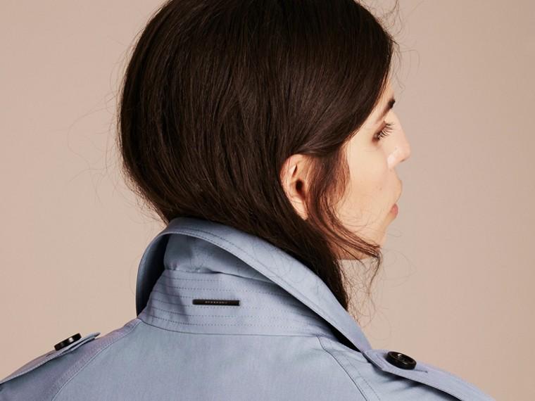 Bleu pâle Trench-coat portefeuille léger en soie flammée - cell image 4