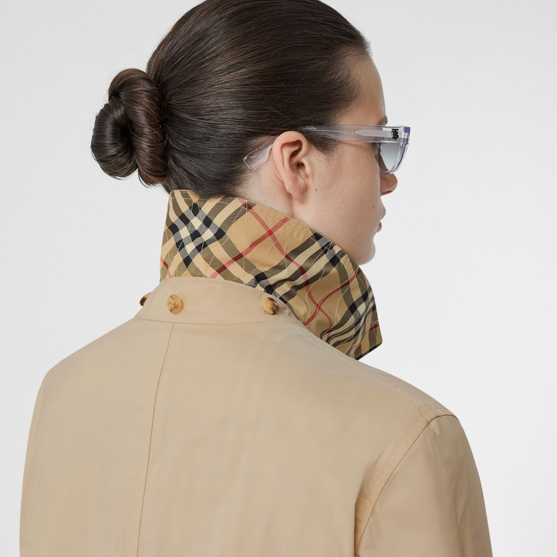 Detachable Hood Shape-memory Taffeta Car Coat in Dusty Beige - Women | Burberry - gallery image 6