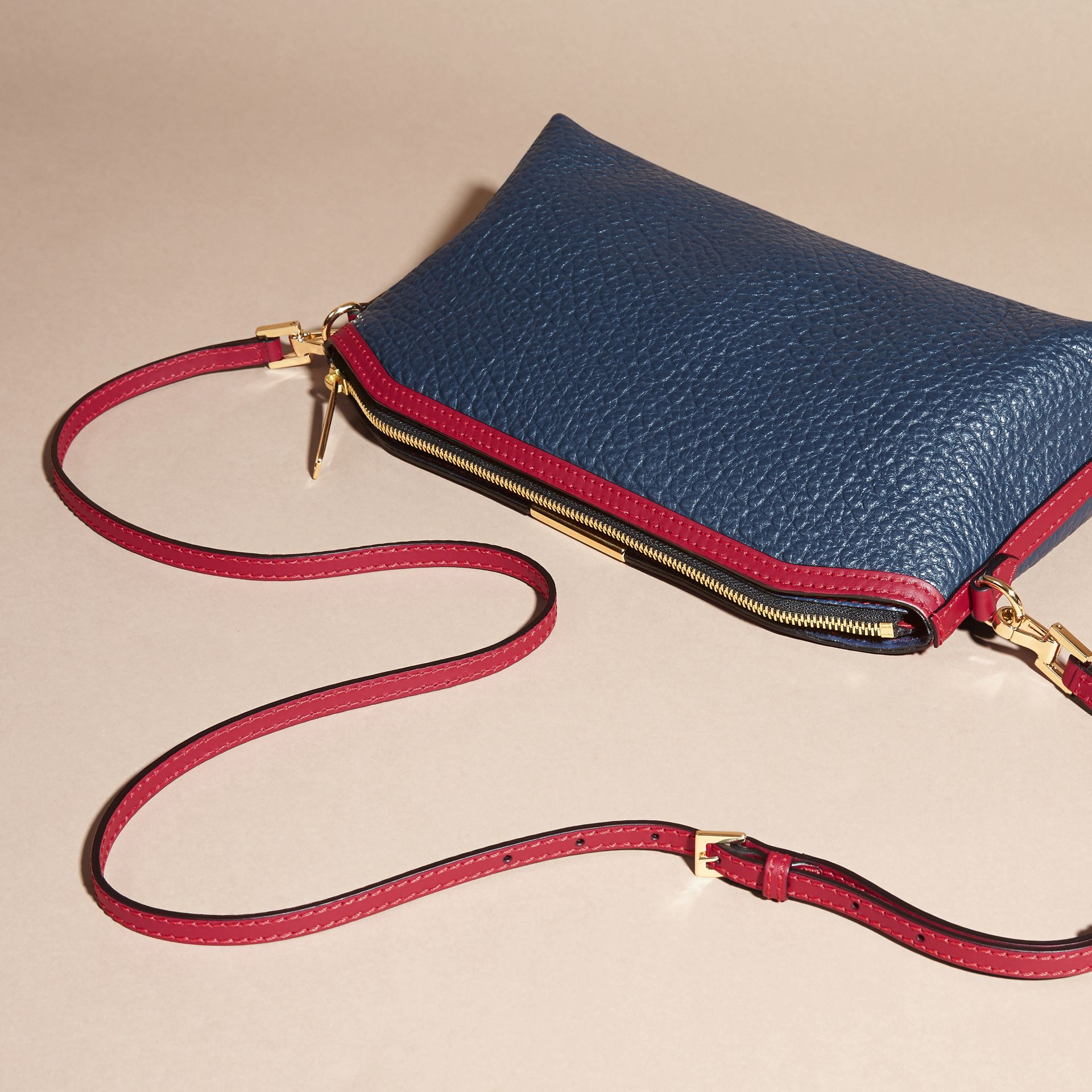 Blue carbon/parade red Small Contrast Border Grainy Leather Clutch Bag - gallery image 5