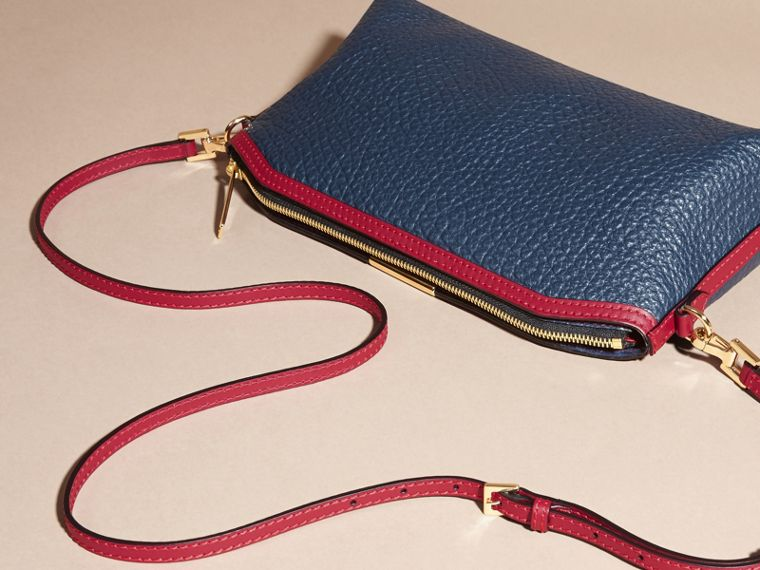 Blue carbon/parade red Small Contrast Border Grainy Leather Clutch Bag - cell image 4