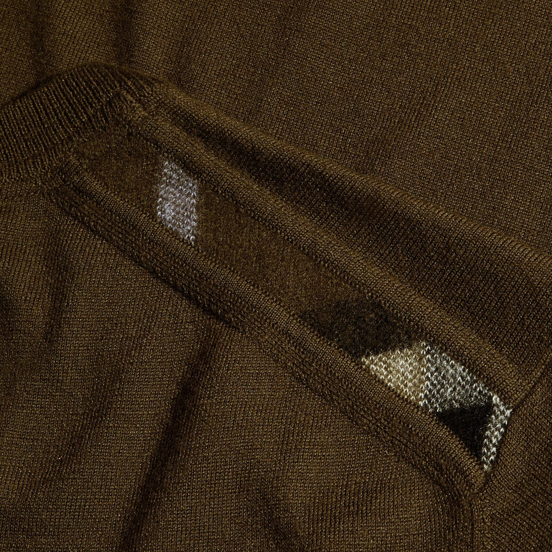 Military olive Lightweight Crew Neck Cashmere Sweater with Check Trim Military Olive - gallery image 6