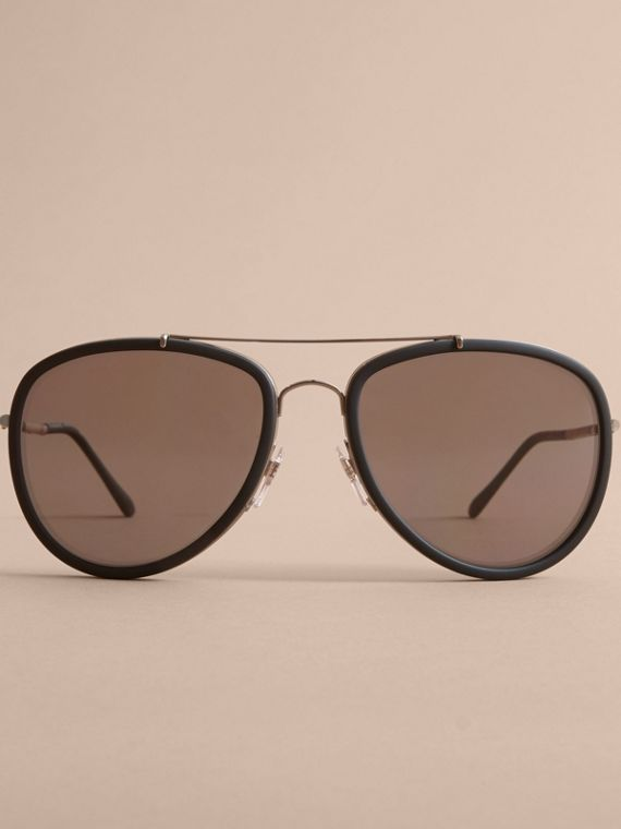 Check Detail Pilot Sunglasses in Black - Men | Burberry United Kingdom - cell image 2