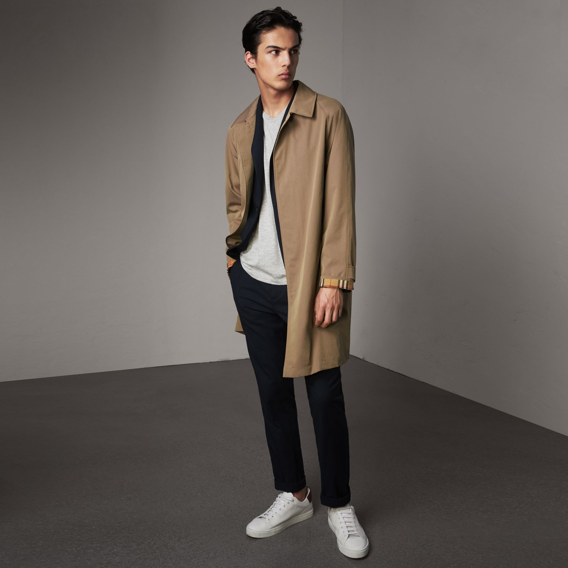 The Camden – Long Car Coat in Taupe Brown - Men | Burberry - gallery image 0