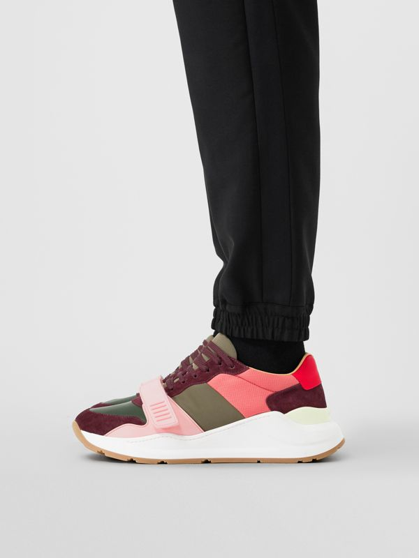 Sneakers en cuir velours et néoprène color-block (Bordeaux/kaki) - Homme | Burberry Canada - cell image 2