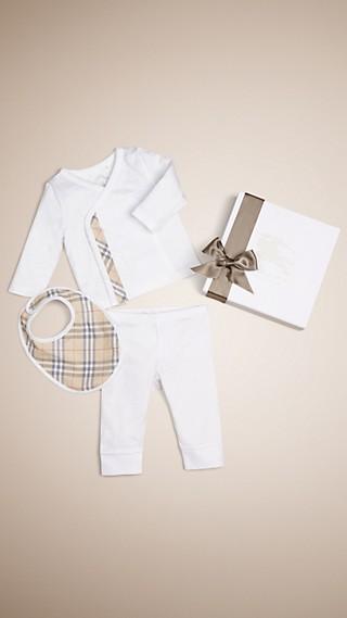 Conjunto de regalo para bebé de tres piezas en algodón con estampado de checks