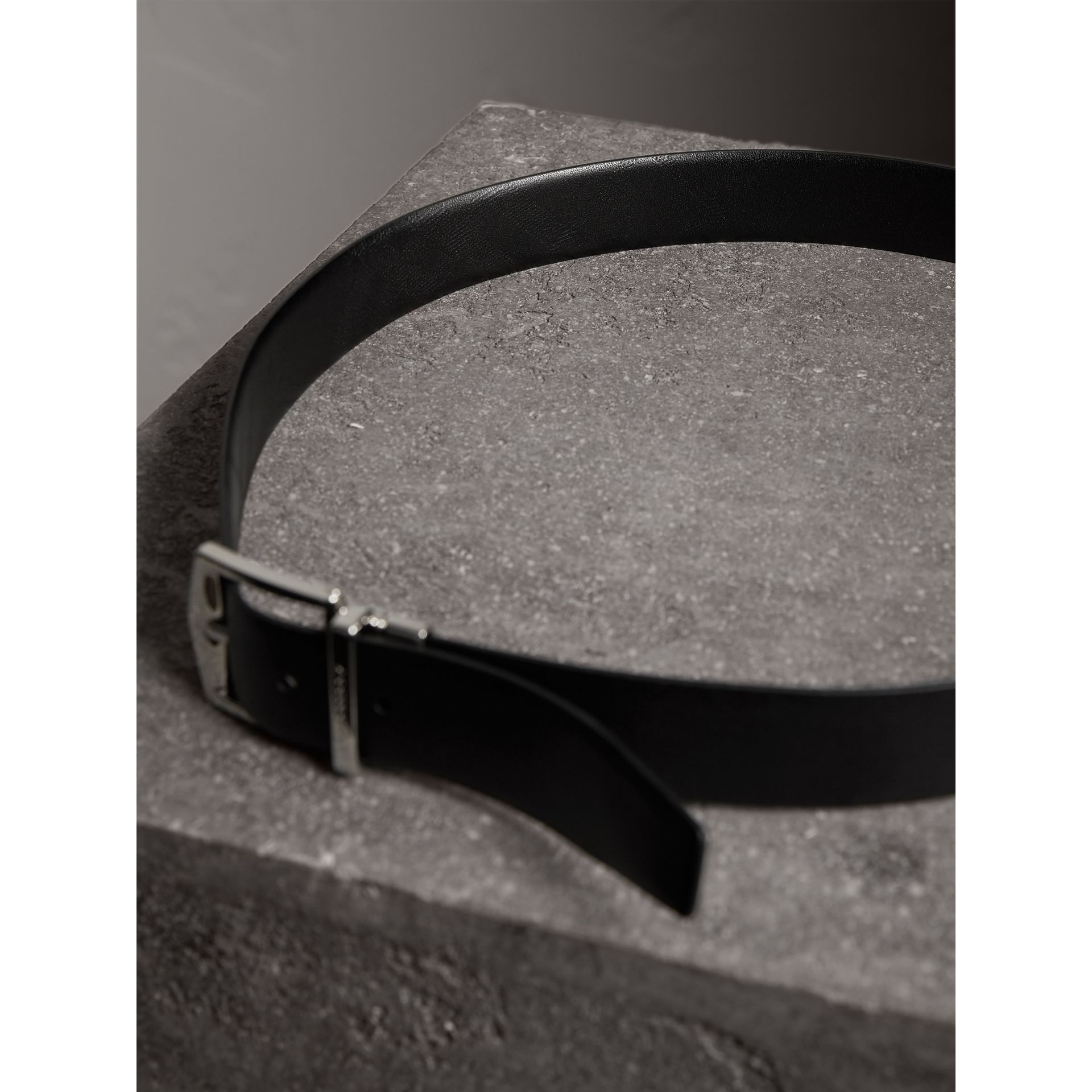 Reversible Embossed Check Leather Belt in Black - Men | Burberry - gallery image 4