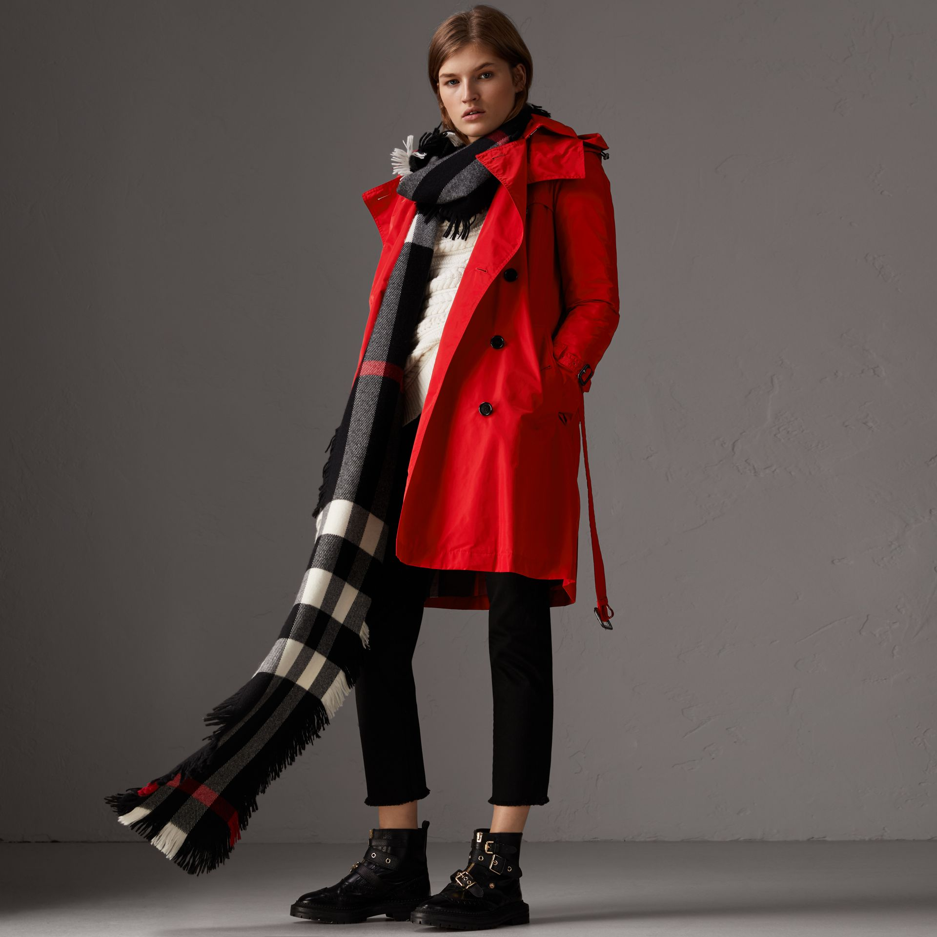 Detachable Hood Taffeta Trench Coat in Military Red - Women | Burberry - gallery image 5