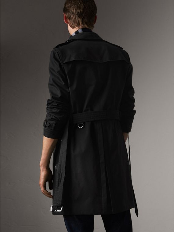 The Chelsea – Long Heritage Trench Coat in Black - Men | Burberry - cell image 2