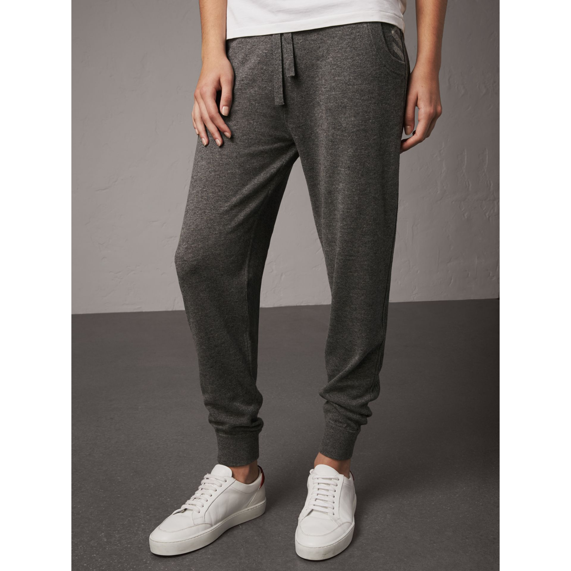 Check Detail Wool Cashmere Sweatpants in Mid Grey Melange - Women | Burberry - gallery image 4