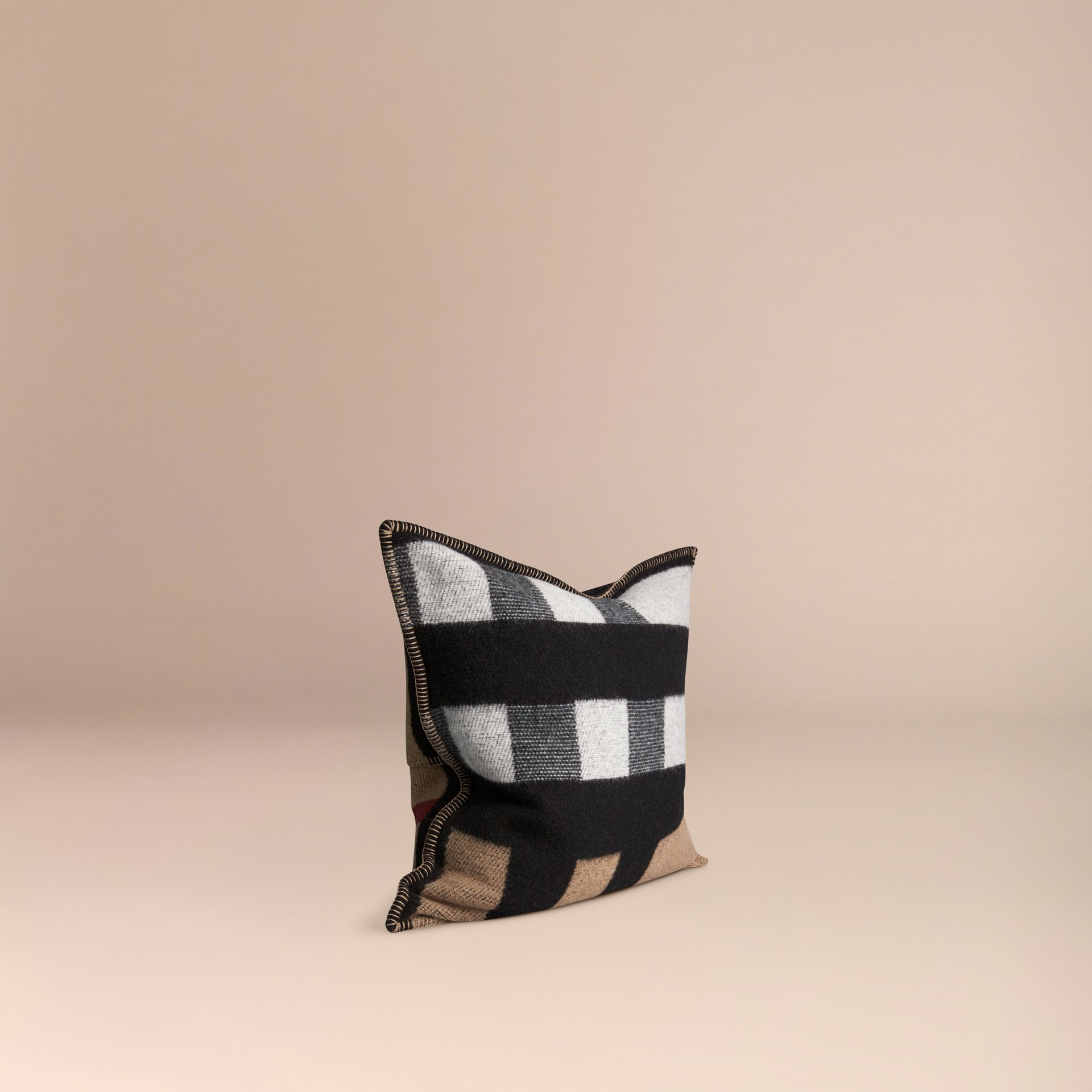 House check/black Check Wool Cashmere Cushion Cover House Check/black - gallery image 3