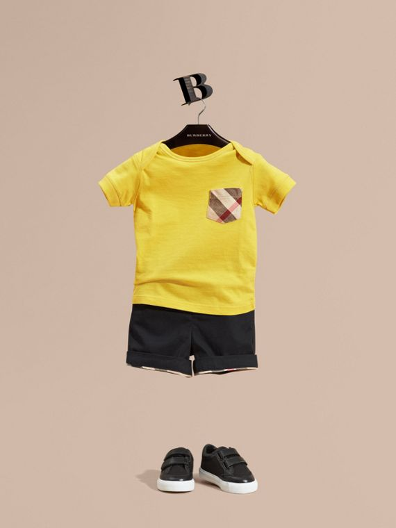 Check Pocket T-Shirt Bright Yellow
