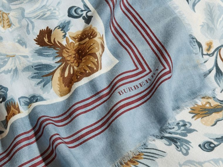 Garden Floral Print Cashmere Scarf Pale Sky Blue - cell image 1