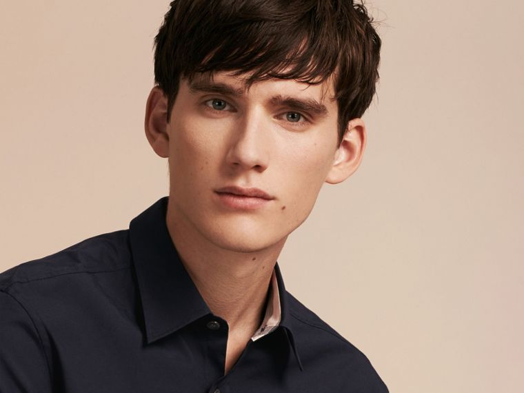 Check Detail Stretch Cotton Poplin Shirt in Navy - Men | Burberry United States - cell image 4